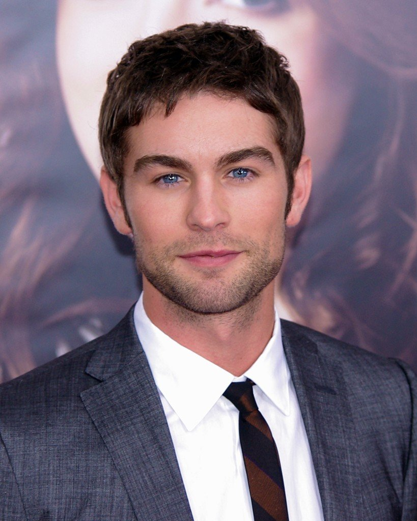 32 CHACE CRAWFORD